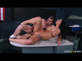 Big Twits in Uniform: Danny D Comes to America! – Jayden Jaymes & Danny D (Big Tits in Uniform)